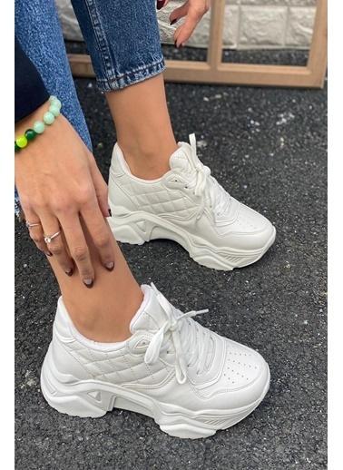 İnan Ayakkabı Bayan Delık Detaylı Sneakers Beyaz